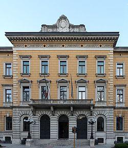 Trento-Palazzo di Giustizia-front.jpg