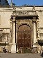 Trento-portale Palazzo Pretorio cortile Palazzo Thun.jpg