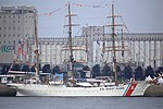 USCGC Eagle Quebec City 01.jpg