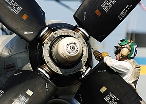 Thrust reversal - Variable-pitch propellers of an E-2C Hawkeye