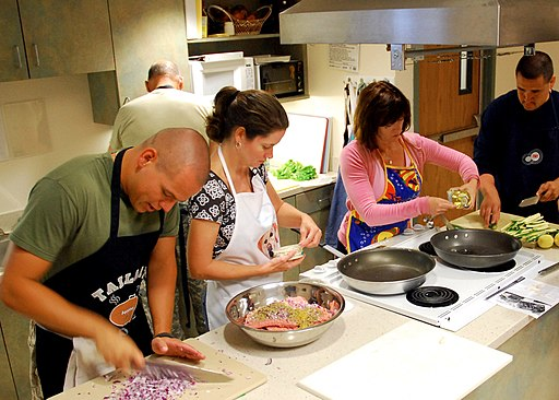 US Navy 090818-N-6326B-001 Staff and patients participate in a healthy cooking class at Naval Medical Center San Diego