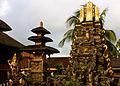Ubud, Pura Taman Saraswati (6827593602).jpg