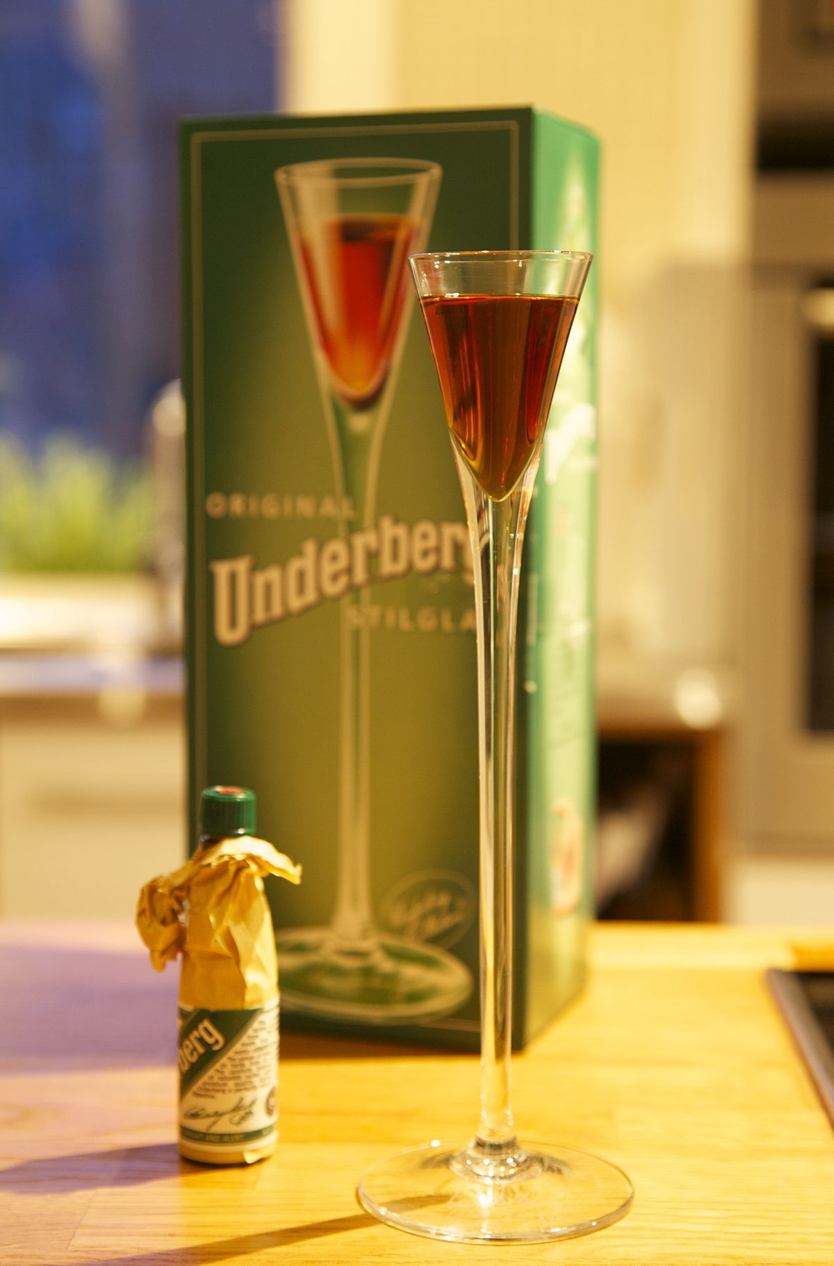 underberg drink glass german bottle drinks cocktails bitters digestive wikipedia germany liquor herbal drunk alcoholic b2 today digestion