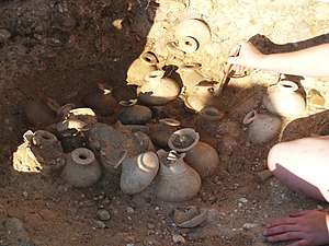 Vaccaei - A grave excavated at Pintia in June 2008, containing many perfume bottles
