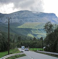 Valldal Road63 south.JPG