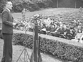 Van Heuven Goedhart (Regent's Park London, 31 aug. 1944)