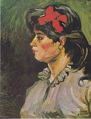 Femme avec un ruban rouge