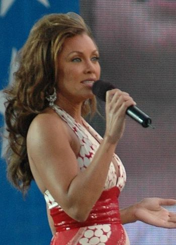 Español: Vanessa Williams