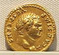 Vespasiano, aureo per tito cesare, 72-79 ca. 01.JPG