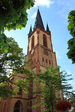 Viernheim St. Aposteln Kirche 20100711