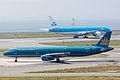 Vietnam Airlines, A321-200, VN-A357 (17567748590).jpg