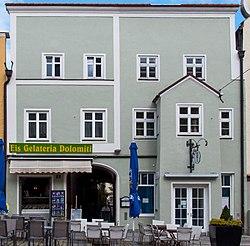 Vilsbiburg Stadtplatz 15,16 - Haus 2013.jpg