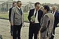 Visite de Mr Bichat et du secrétaire d'état à la recherche à l'INRA de Versailles-13-cliche Jean Weber.jpg