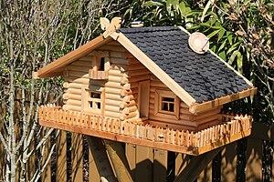 ein vogelhaus bauen holz die richtige holzsorte welche. Black Bedroom Furniture Sets. Home Design Ideas