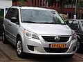 Volkswagen Routan (9556028486).jpg