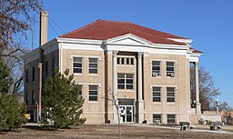 Wallace County, Kansas courthouse from S 3.JPG
