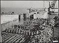 Watersnood 1953. De dijk bij Ouwerkerk op Duiveland is nog lang niet geheel klaa, Bestanddeelnr 059-1128.jpg