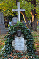 Wiener Zentralfriedhof - Gruppe 81 - Grab von Gustav Josef Richter.jpg