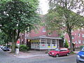 Wohnblock östlich des Habichtsplatzes in Hamburg-Barmbek-Nord 3.jpg