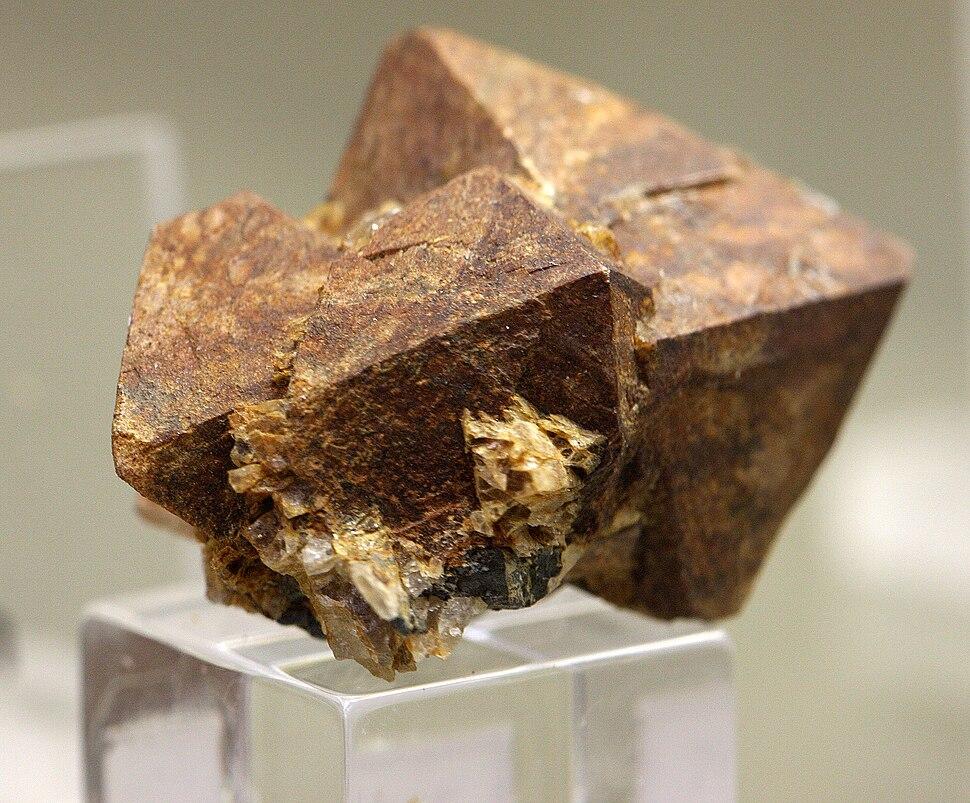 Xenotim mineralogisches museum bonn