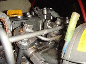 Yanmar 2GM20 - Image: Yanmar Injectors