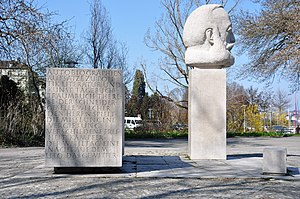 Gottfried Keller - Gottfried Keller memorial at Enge (Zurich) harbour