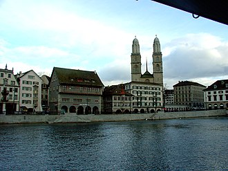 Altstadt (Zürich) - Limmatquai with guild houses and Grossmünster
