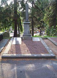 Östra kyrkogården i Göteborg, den 17 aug 2006, Karin Boyes grav, bild 1.JPG
