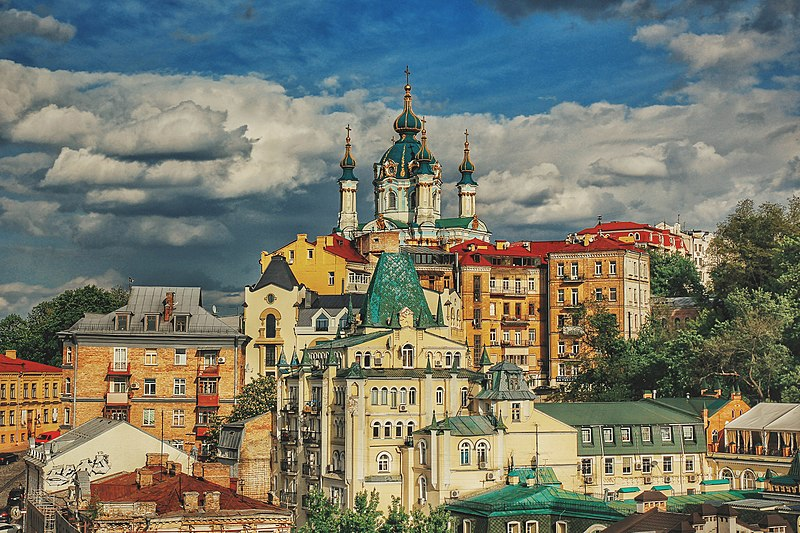 Андріївська церква, Київ. Автор фото — Smyk iLya, ліцензія CC-BY-SA-4.0