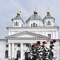 Монастырь и розы.jpg