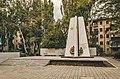 Памятный знак в честь советских летчиков (4).jpg