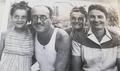 מריה רוזה טמביני ומשפחתה במהלך המלחמה.png
