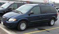 01-03 Chrysler Voyager LX.jpg