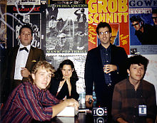 10,000 Maniacs original band (excluding original member John Lombardo): L to R: Rob Buck, Steve Gustafson, Natalie Merchant, Dennis Drew and Jerome Augustyniak