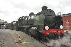 1638 at Sheffield Park station (2299).jpg