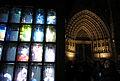 165 Llum BCN, instal·lació Supercube, al pla de la Seu, al fons la Catedral.JPG