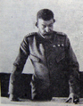 1916 - toamna - regele Ferdinand la sediul Marelui Cartier General din Peris.png