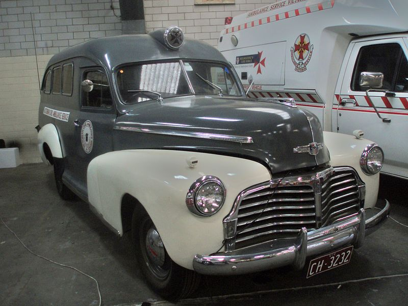 File:1942 Chevrolet ambulance (5331189279).jpg