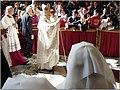 2006 05 07 Vatican Papstmesse 339 (51092598115).jpg
