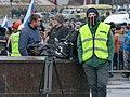 2015-03-01 Шествие памяти Немцова L1510835 телевизионщики прячут лица.jpg