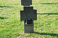 2017-09-28 GuentherZ Wien11 Zentralfriedhof Gruppe97 Soldatenfriedhof Wien (Zweiter Weltkrieg) (020).jpg