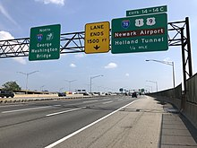New Jersey Turnpike - Wikipedia on new jersey rest areas, ny thruway rest areas, connecticut turnpike service areas, garden state parkway service plazas, sewickley pa surrounding areas,