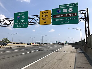 View north along the New Jersey Turnpike/Interstate 95 at the exit for Interstate 78, U.S. Route 1 and U.S. Route 9 in Newark