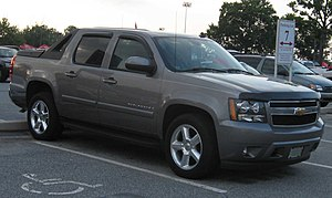 GMT900 - Image: 2nd Chevrolet Avalanche