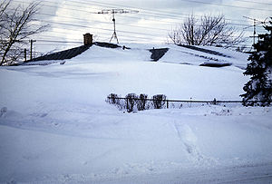 Tonawanda (town), New York - A house almost completely buried in snow in the blizzard of 1977 (January 30, 1977)