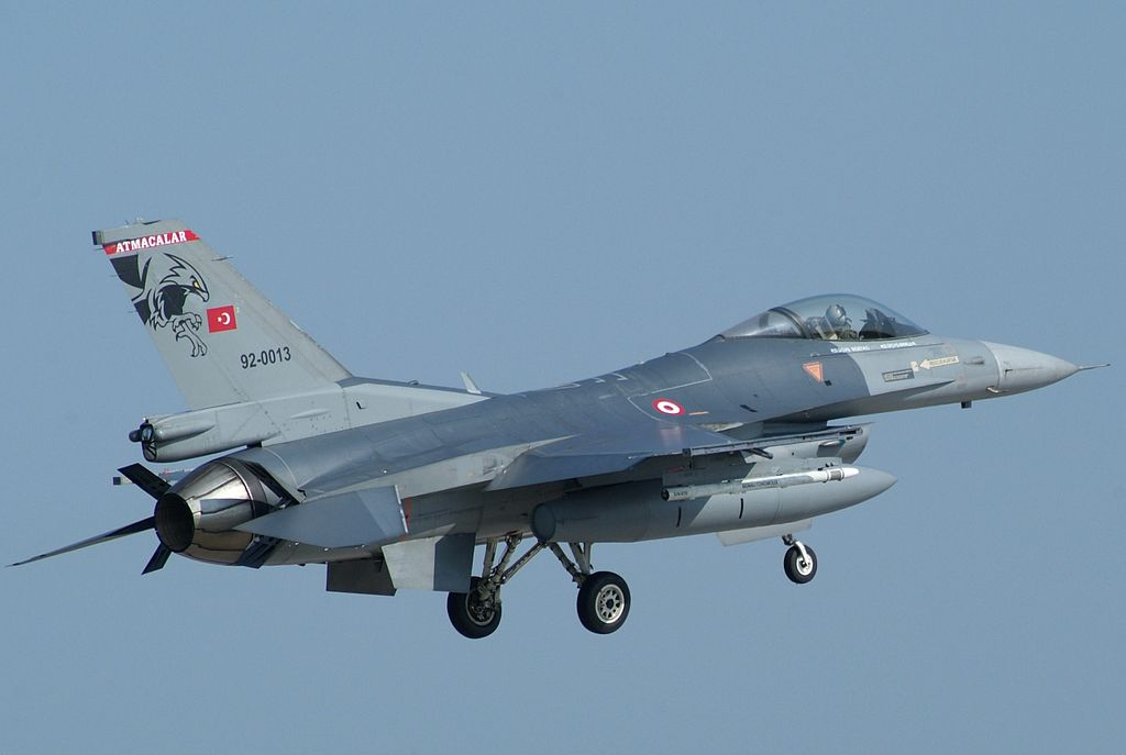 92-0013 an F-16C Fighting Falcon of 182º Filo Turkish Air Force (4540322524)