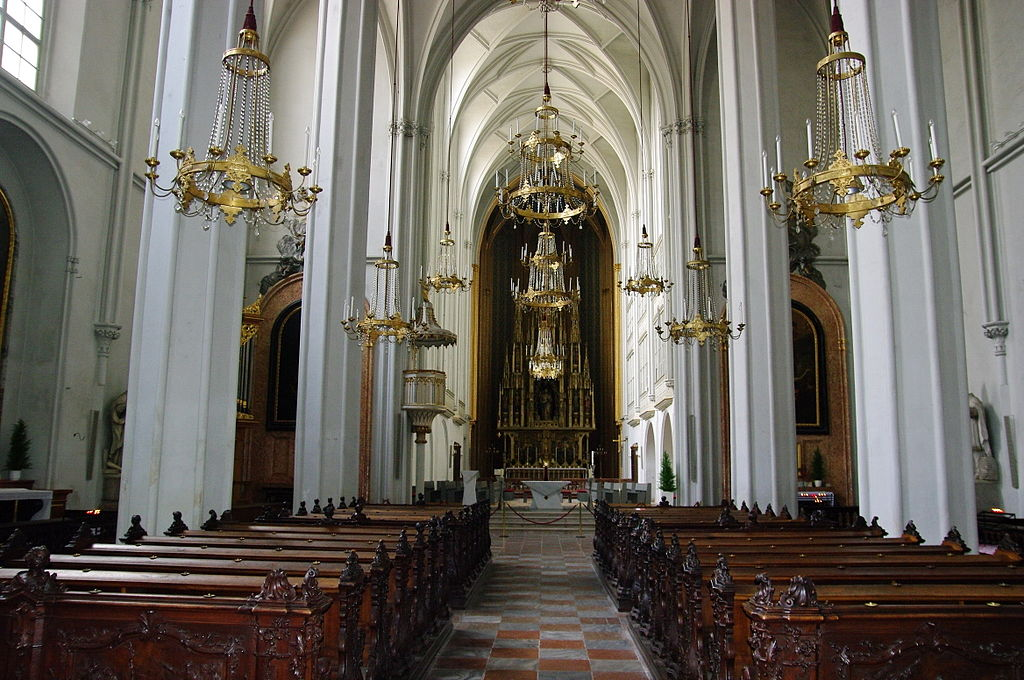 A-Wien-Augustinerk-Innenraum.JPG