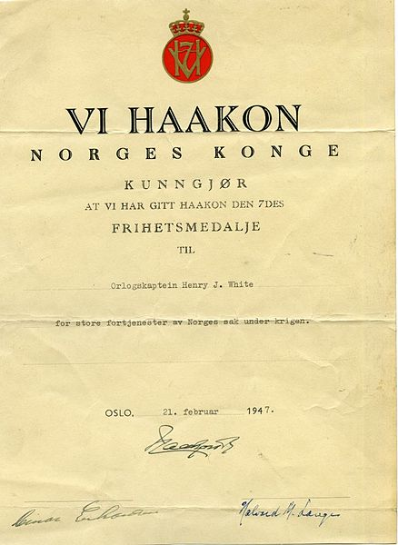 Fil:AL79-130 Certificate of thanks from Norway to White for services in WWII (14121310159).jpg