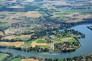 Aerial-photo-Lagrave-Tarn.jpg