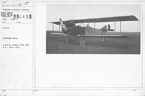 Airplanes - Types - Airplane Type. S.A.M.L. motor, Fiat 300 H.P., Type 1917. Italian Aviation Mission - NARA - 17342301.jpg